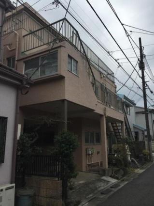 東京都目黒区、祐天寺駅徒歩14分の築40年 3階建の賃貸マンション