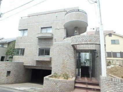東京都目黒区、学芸大学駅徒歩14分の築32年 3階建の賃貸マンション
