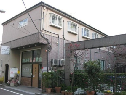 東京都目黒区、学芸大学駅徒歩13分の築40年 3階建の賃貸アパート