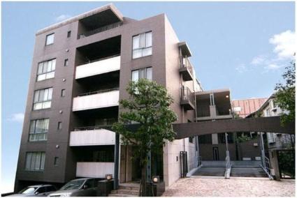 東京都目黒区、祐天寺駅徒歩10分の築24年 5階建の賃貸マンション