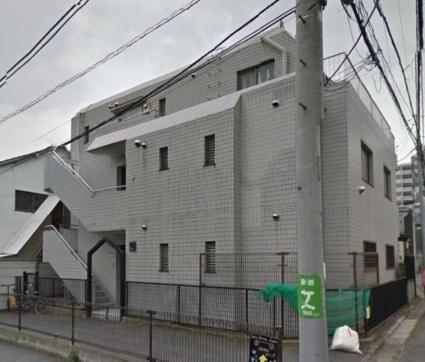 東京都世田谷区、池尻大橋駅徒歩7分の築27年 3階建の賃貸マンション