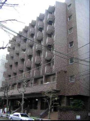 東京都渋谷区、渋谷駅徒歩9分の築39年 8階建の賃貸マンション