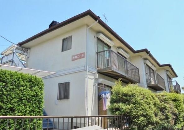 東京都世田谷区、尾山台駅徒歩17分の築30年 2階建の賃貸マンション