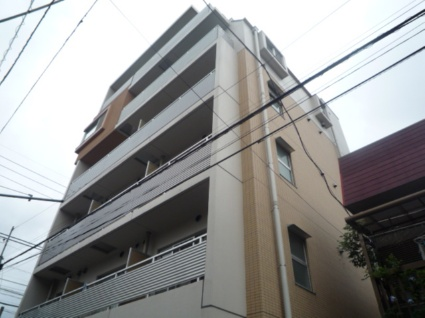 東京都杉並区、荻窪駅徒歩8分の築12年 6階建の賃貸マンション