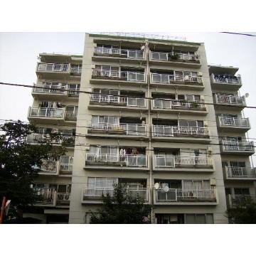 東京都世田谷区、下北沢駅徒歩12分の築45年 7階建の賃貸マンション