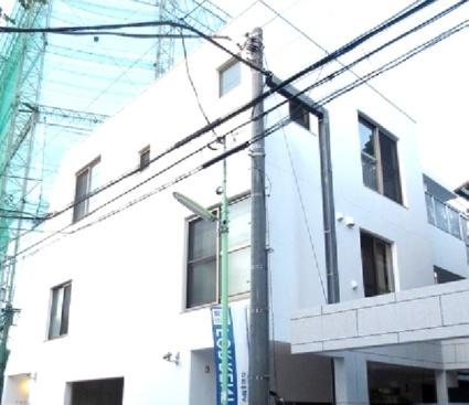 東京都世田谷区、駒沢大学駅徒歩22分の築2年 3階建の賃貸マンション