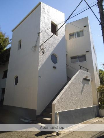 東京都目黒区、学芸大学駅徒歩19分の築38年 3階建の賃貸マンション