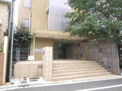東京都目黒区、都立大学駅徒歩11分の築12年 4階建の賃貸マンション