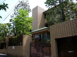 東京都世田谷区、自由が丘駅徒歩10分の築22年 3階建の賃貸マンション
