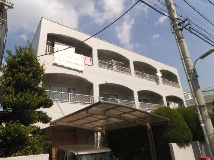 東京都目黒区、学芸大学駅徒歩7分の築30年 3階建の賃貸マンション