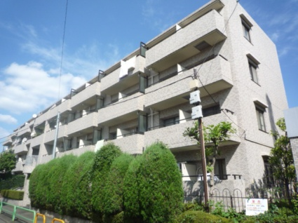 東京都杉並区、西荻窪駅徒歩6分の築32年 4階建の賃貸マンション