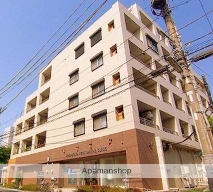東京都世田谷区、三軒茶屋駅徒歩22分の築10年 6階建の賃貸マンション