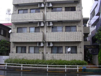 東京都世田谷区、経堂駅徒歩12分の築28年 4階建の賃貸マンション