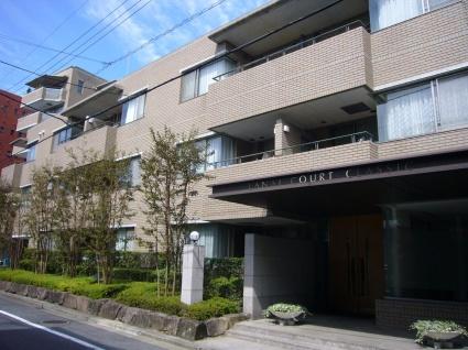 東京都世田谷区、用賀駅徒歩7分の築21年 3階建の賃貸マンション