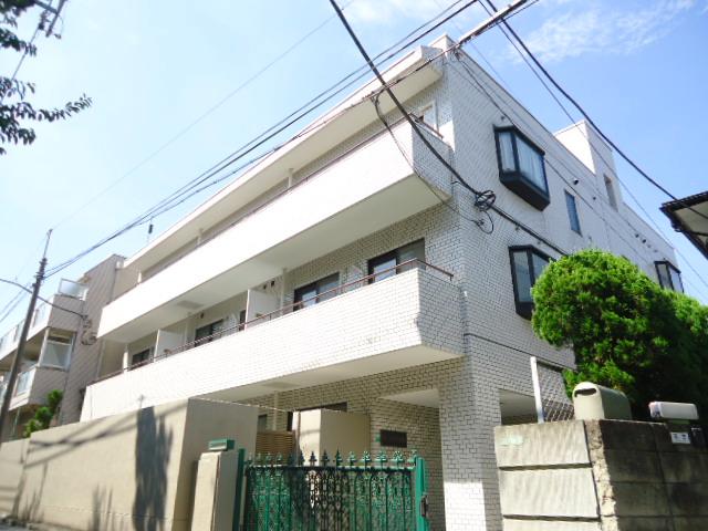 東京都世田谷区、明大前駅徒歩4分の築28年 3階建の賃貸マンション