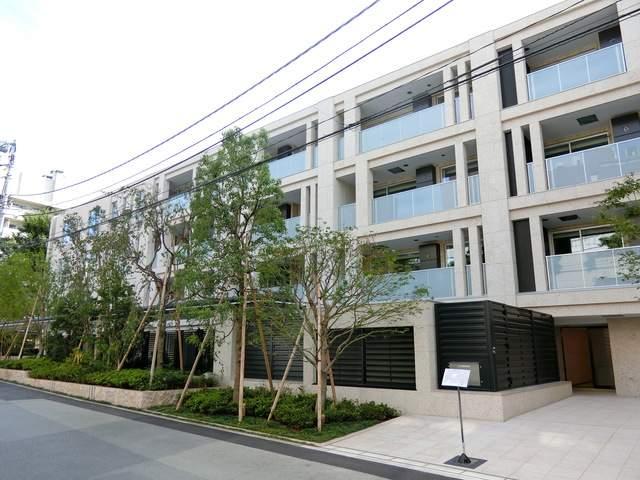 東京都港区、表参道駅徒歩4分の新築 7階建の賃貸マンション