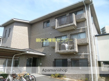 神奈川県横浜市都筑区、センター北駅徒歩25分の築23年 3階建の賃貸マンション