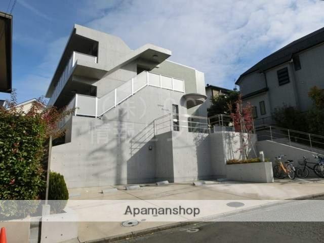神奈川県横浜市青葉区、市が尾駅徒歩24分の築8年 3階建の賃貸マンション