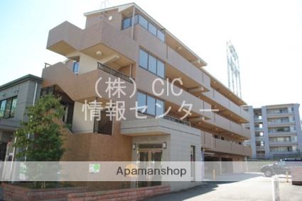 神奈川県横浜市青葉区、たまプラーザ駅徒歩22分の築17年 4階建の賃貸マンション