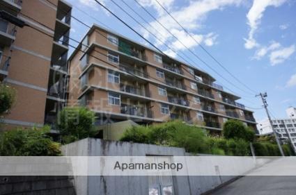 神奈川県横浜市青葉区、藤が丘駅徒歩18分の築18年 6階建の賃貸マンション