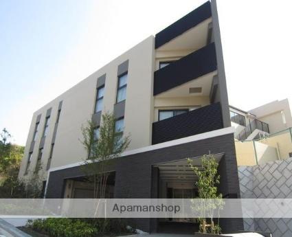 神奈川県横浜市港北区、新横浜駅徒歩11分の築3年 5階建の賃貸マンション