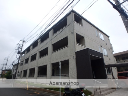 神奈川県横浜市港北区、小机駅徒歩12分の築3年 3階建の賃貸アパート