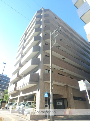 神奈川県横浜市神奈川区、横浜駅徒歩8分の築23年 9階建の賃貸マンション