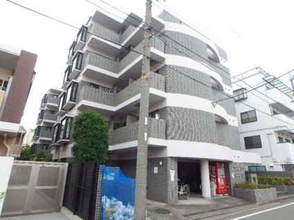神奈川県横浜市港北区、新川崎駅徒歩32分の築26年 5階建の賃貸マンション