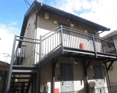 神奈川県横浜市鶴見区、菊名駅徒歩10分の築15年 2階建の賃貸アパート