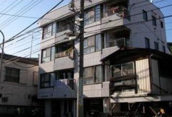 神奈川県横浜市神奈川区、大口駅徒歩19分の築28年 4階建の賃貸マンション