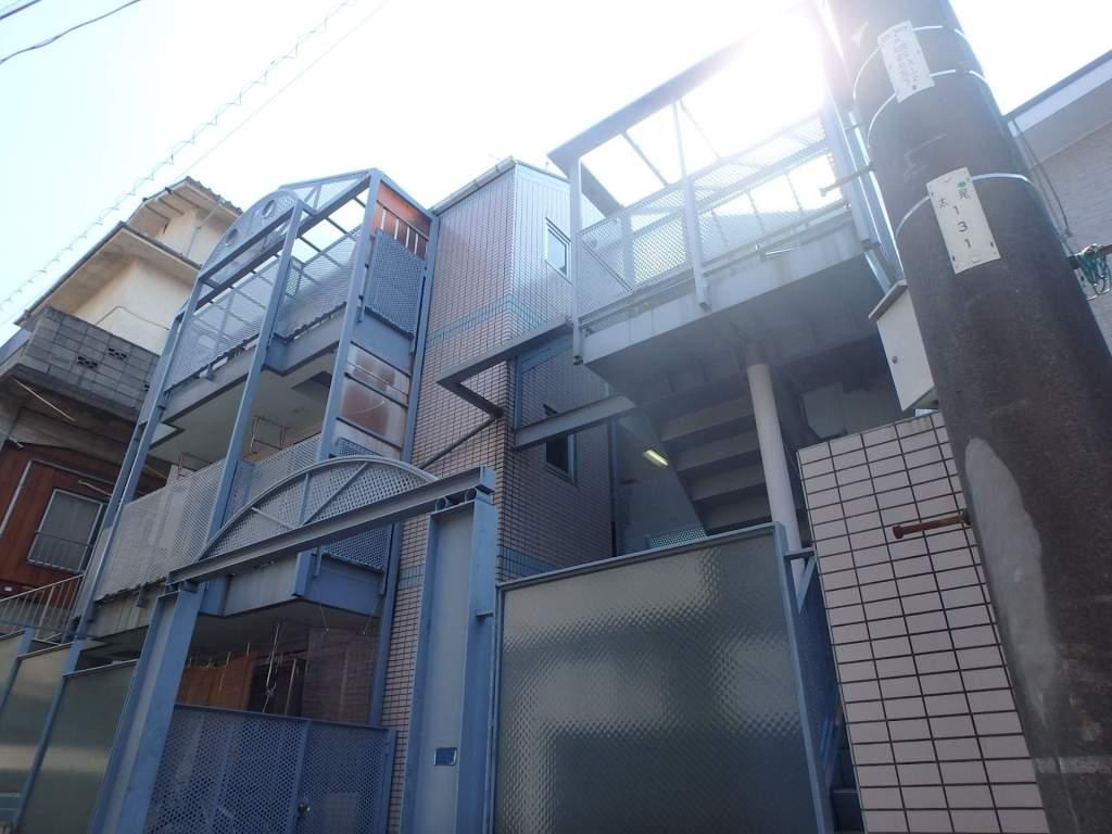 神奈川県横浜市港北区、綱島駅徒歩19分の築28年 3階建の賃貸マンション