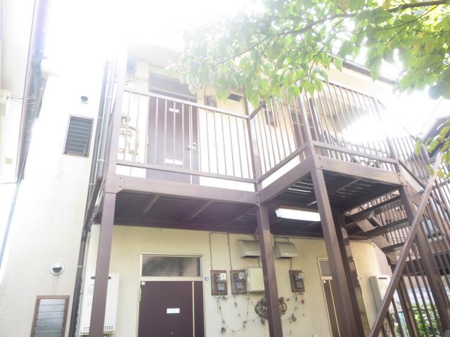神奈川県横浜市神奈川区、白楽駅徒歩20分の築16年 2階建の賃貸アパート