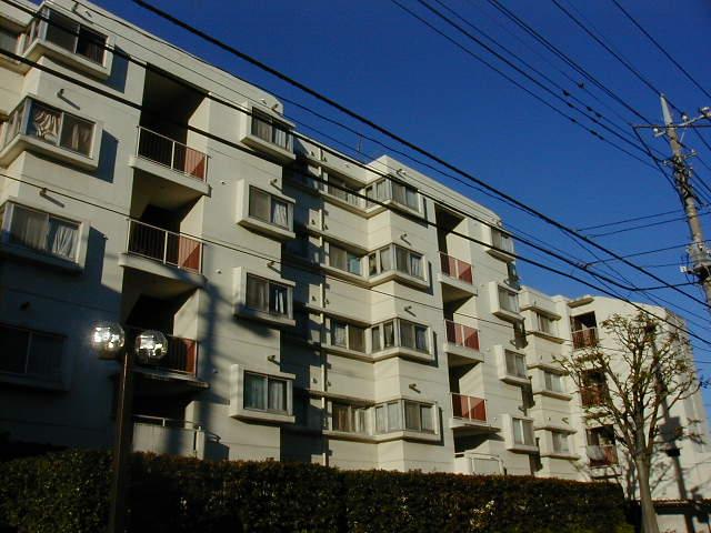東京都町田市、町田駅徒歩10分の築36年 5階建の賃貸マンション