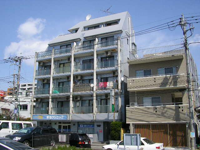 東京都町田市、成瀬駅徒歩1分の築26年 6階建の賃貸マンション