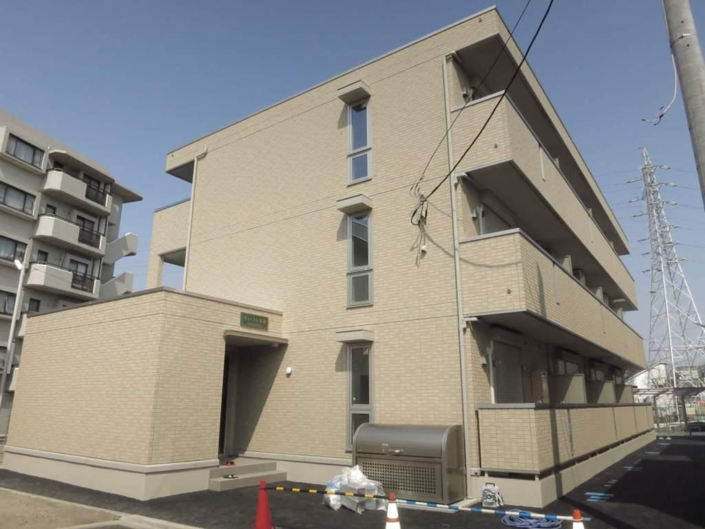 神奈川県相模原市南区、町田駅徒歩16分の築2年 3階建の賃貸アパート