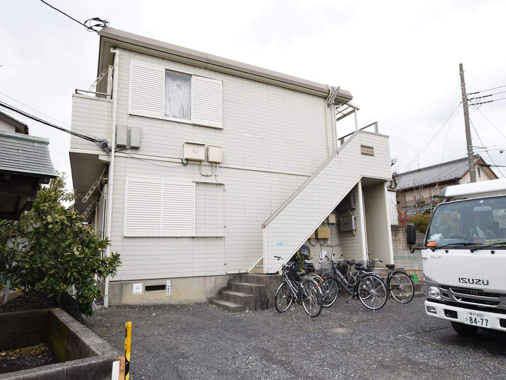 神奈川県相模原市中央区、淵野辺駅バス8分薬師堂下車後徒歩1分の築27年 2階建の賃貸アパート