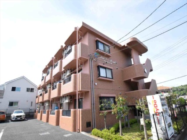 神奈川県相模原市中央区、淵野辺駅徒歩20分の築15年 3階建の賃貸マンション