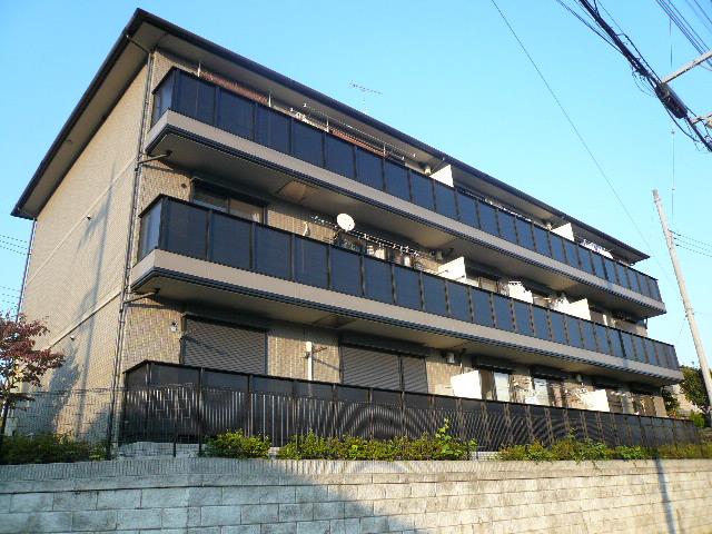 神奈川県相模原市緑区、橋本駅バス10分原宿公園西下車後徒歩3分の築17年 3階建の賃貸アパート