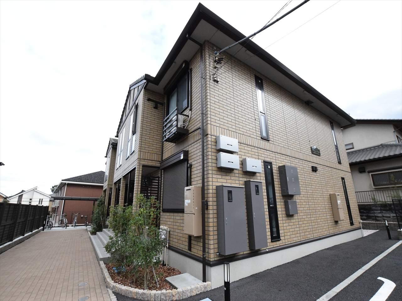 神奈川県相模原市中央区、多摩境駅徒歩10分の築2年 2階建の賃貸アパート
