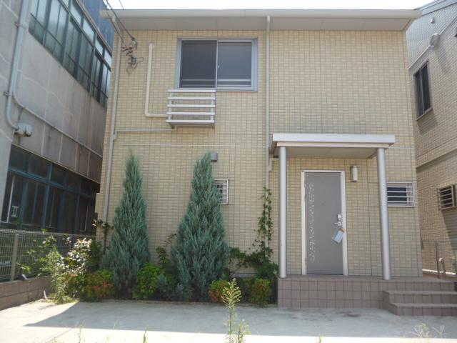 神奈川県相模原市緑区、橋本駅徒歩19分の築6年 2階建の賃貸一戸建て