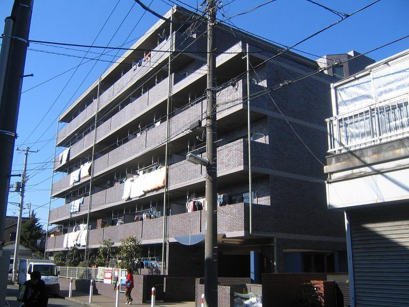 神奈川県相模原市中央区、淵野辺駅徒歩25分の築17年 6階建の賃貸マンション