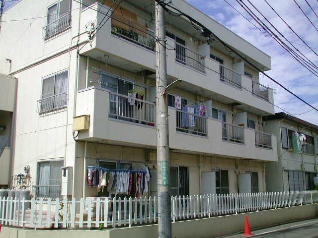 神奈川県相模原市中央区、淵野辺駅徒歩15分の築32年 3階建の賃貸マンション