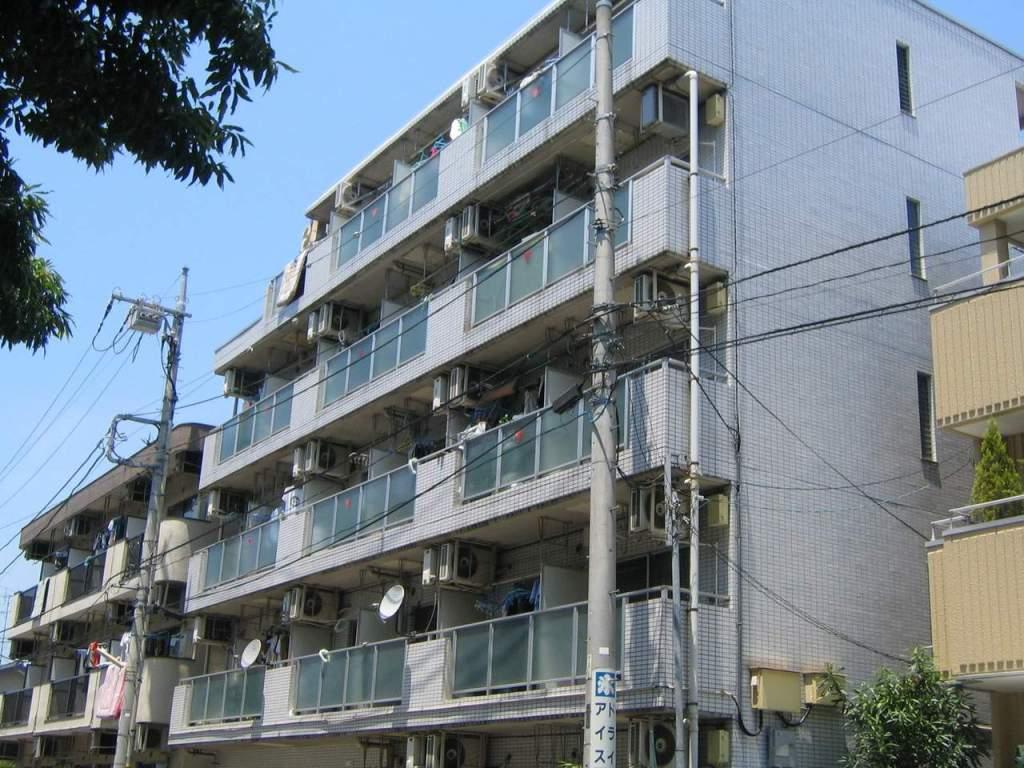 神奈川県相模原市中央区、相模原駅徒歩15分の築28年 5階建の賃貸マンション
