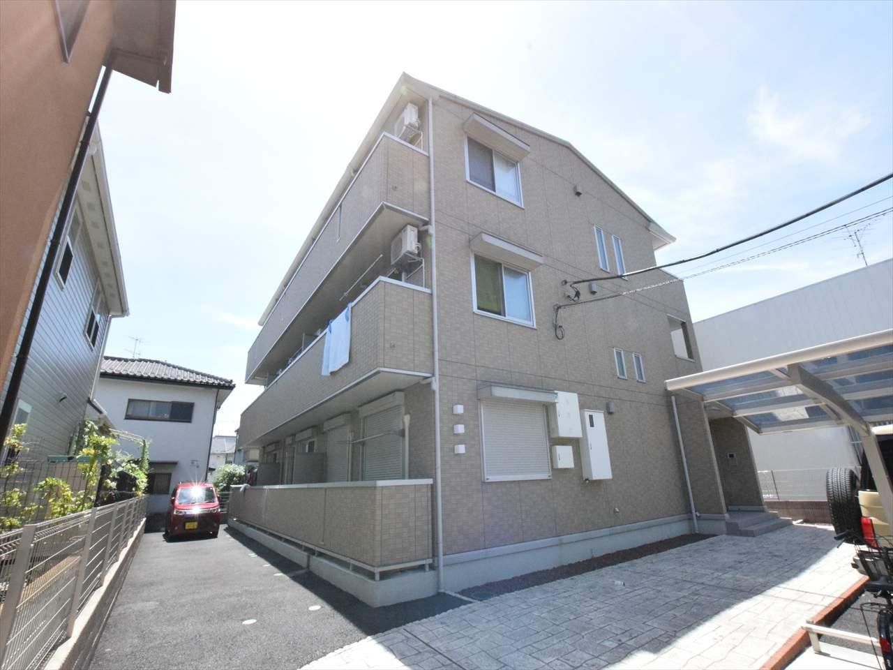 神奈川県相模原市中央区、相模原駅徒歩18分の築5年 3階建の賃貸アパート