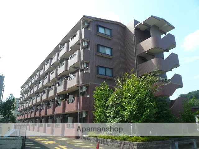 東京都町田市、相模原駅徒歩35分の築13年 5階建の賃貸マンション
