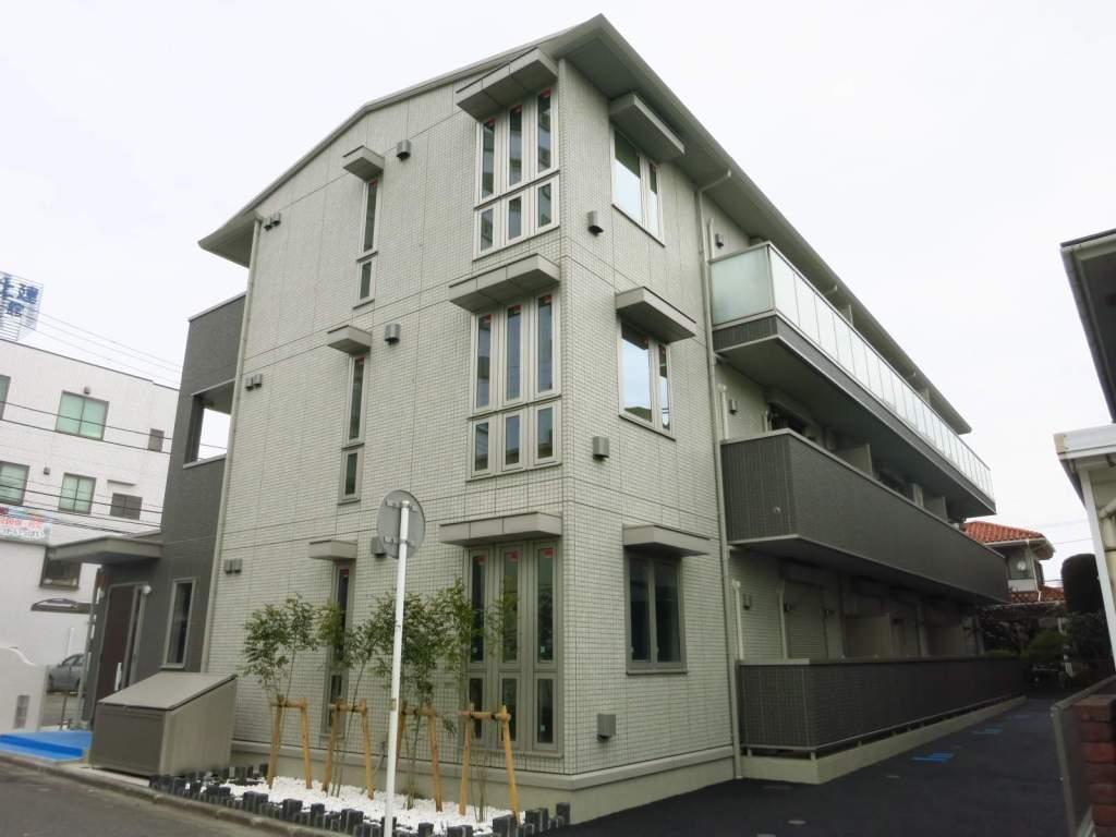 神奈川県相模原市中央区、矢部駅徒歩25分の築3年 3階建の賃貸アパート