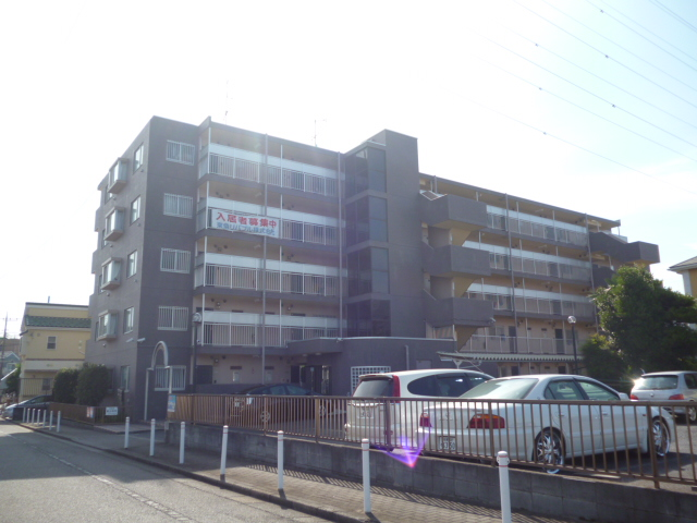 神奈川県相模原市中央区、相模原駅徒歩10分の築23年 5階建の賃貸マンション