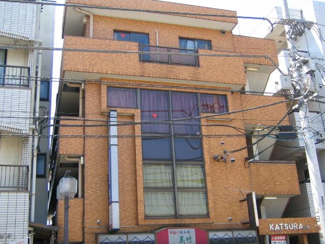 神奈川県相模原市中央区、矢部駅徒歩28分の築31年 4階建の賃貸マンション