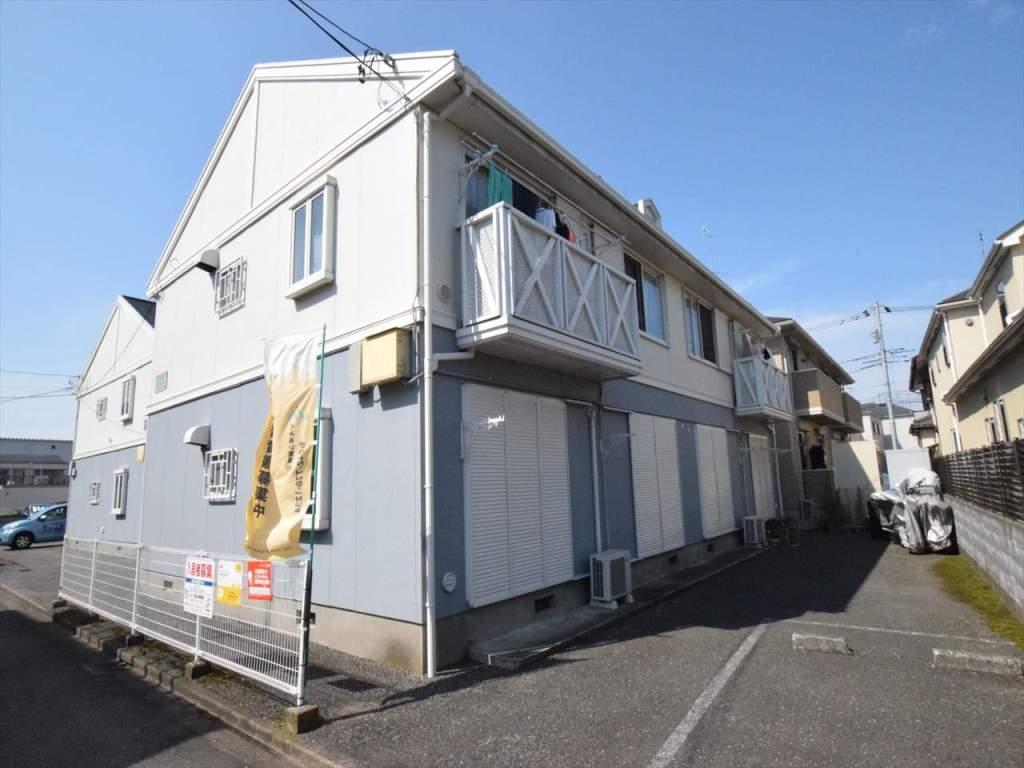 神奈川県相模原市南区、古淵駅徒歩23分の築25年 2階建の賃貸アパート