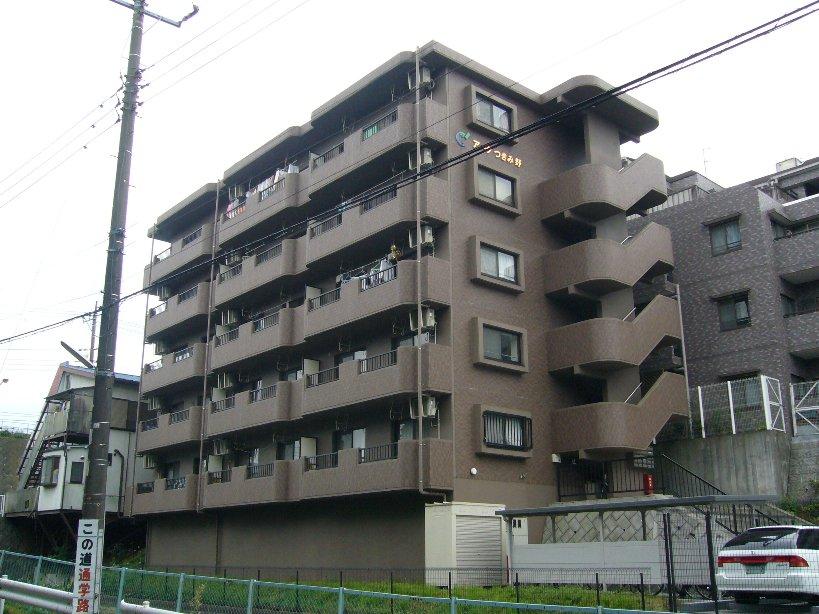 神奈川県大和市、南林間駅徒歩20分の築16年 5階建の賃貸マンション
